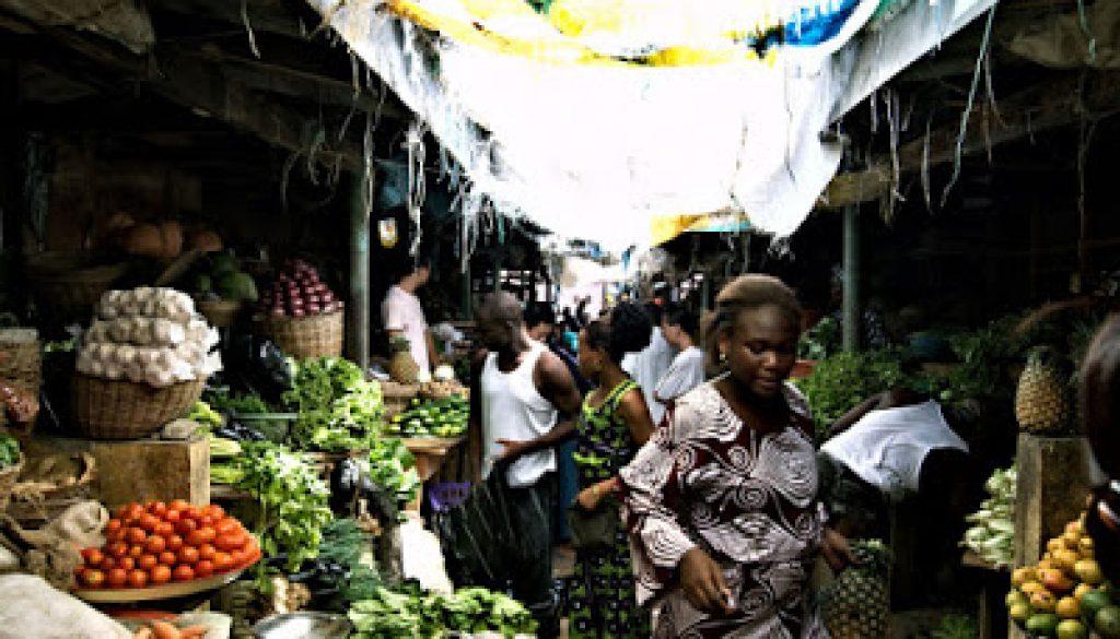 country-nigeria-market-flickr-shawnleishman