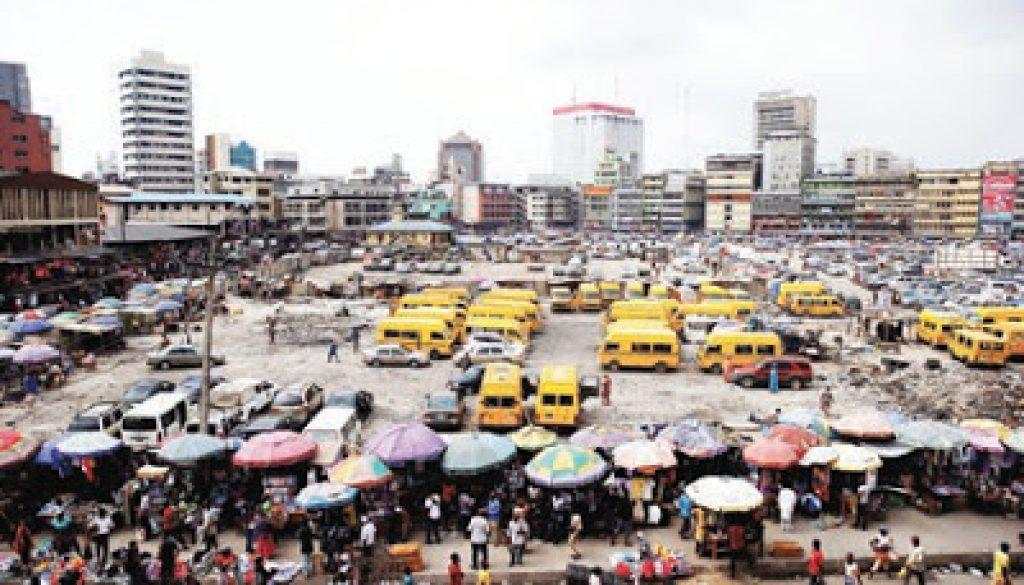 Lagos-market001