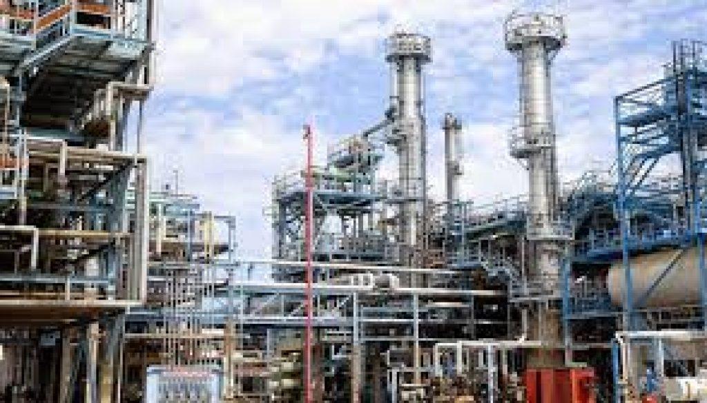 experts urge refineries