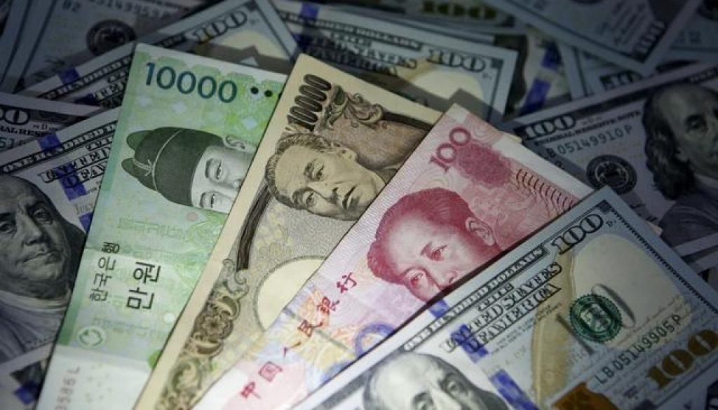 Yen-creeps-higher-amid-caution-over-Sino-U.S.-trade-talks