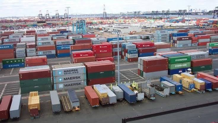 5 vessels await anchorage at Delta ports
